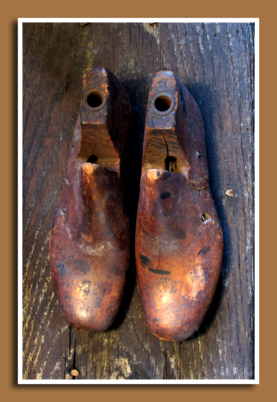 Wooden Shoe Lasts 3